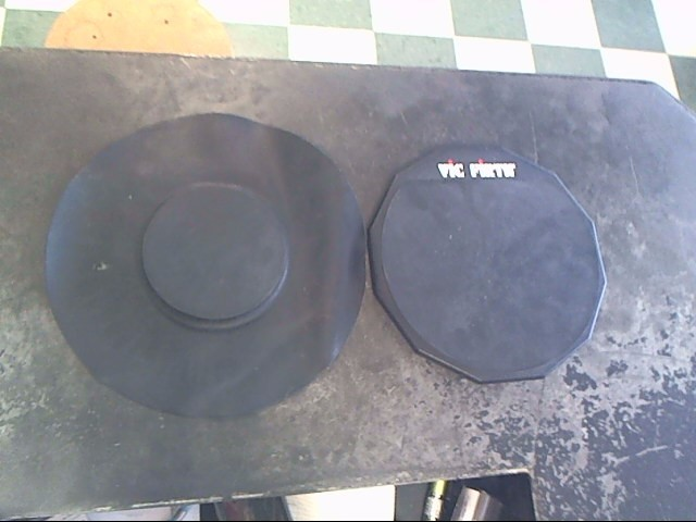 VIC FIRTH Percussion Part/Accessory PRACTICE PAD