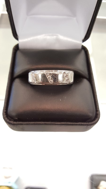 Gent's Gold-Diamond Wedding Band 9 Diamonds .45 Carat T.W. 14K White Gold 6.5g