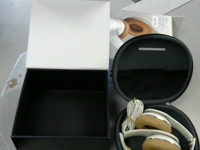 SAMSUNG Headphones LEVEL ON HEADPHONES