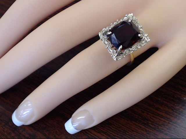 LARGE CUSHION CUT RED GARNET COCKTAIL RING REAL 14K GOLD 6.3g SIZE 6