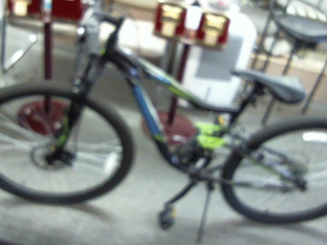 MONGOOSE BICYCLES Mountain Bicycle 2.2 LEDGE