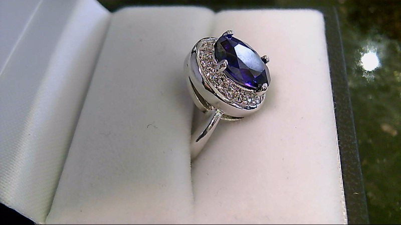 LADY'S 10K WHITE GOLD OVAL AMETHYST ROUND DIAMOND RING