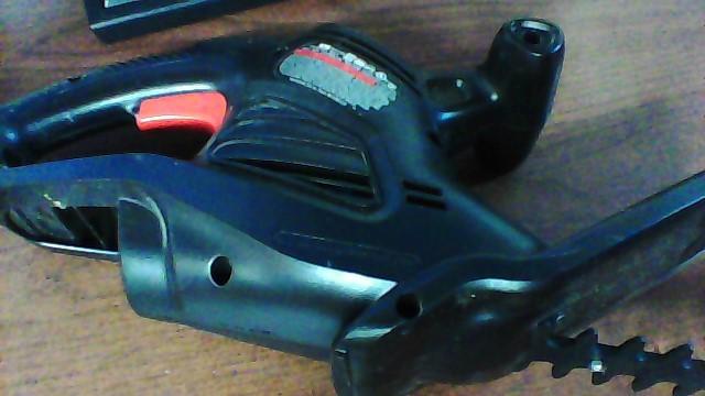 BLACK&DECKER Hedge Trimmer TR017