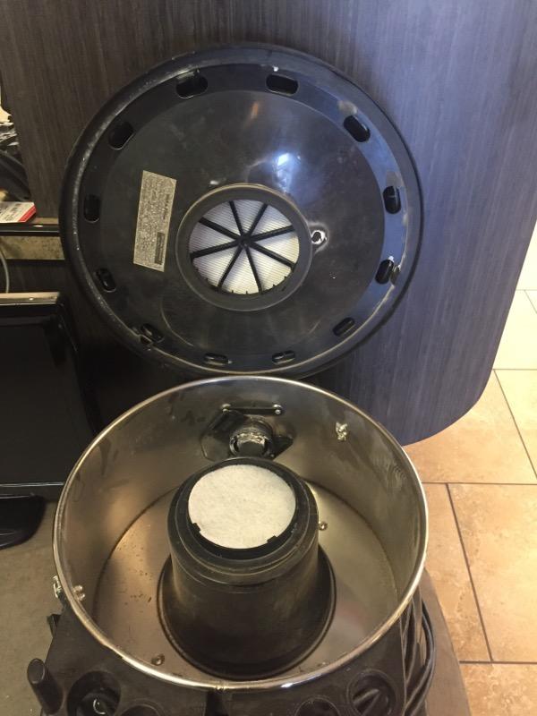 PULLMAN HOLT Vacuum Cleaner 390