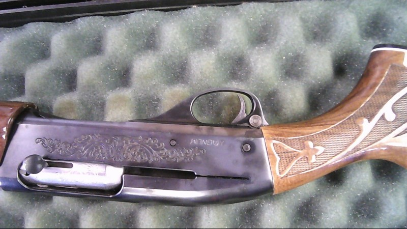 REMINGTON Shotgun 1100