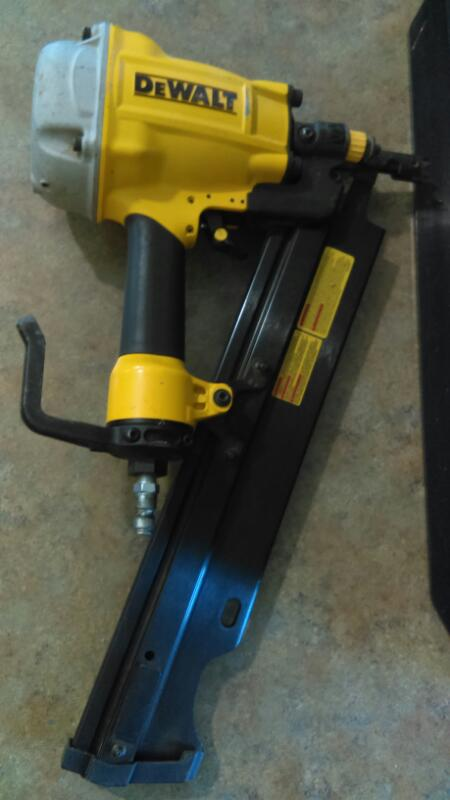 Dewalt DW325pl Plastic Collated Framing Nailer