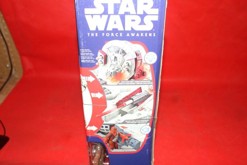 Star Wars The Force Awakens Millennium Falcon Nerf Hasbro Finn, Chewbacca, BB8