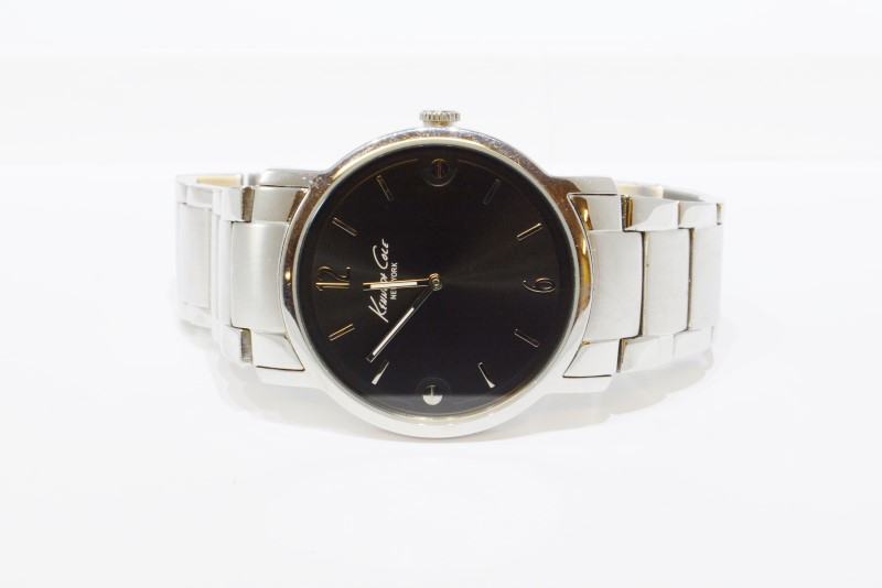 KENNETH COLE KC3930 GENTS WRISTWATCH, STAINLESS STEEL, BLACK DIAL 6 1/2'