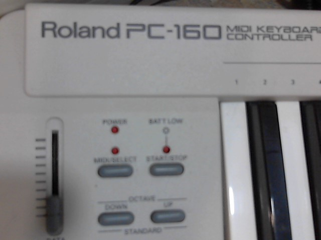 ROLAND Keyboards/MIDI Equipment PC-160