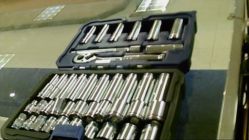 KOBALT 40PC SOCKET SET 0338512