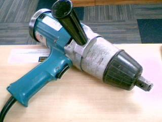 MAKITA Air Impact Wrench 6906