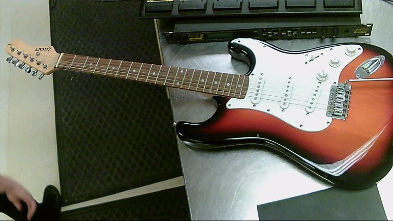 ION ELECTRIC GUITAR STRAT STYLE