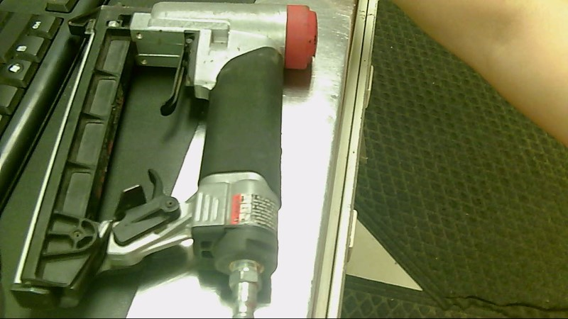 SENCO STAPLEGUN SFT10XP