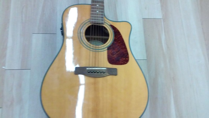 FENDER Electric-Acoustic Guitar ACCOUSTIC ELECTRIC