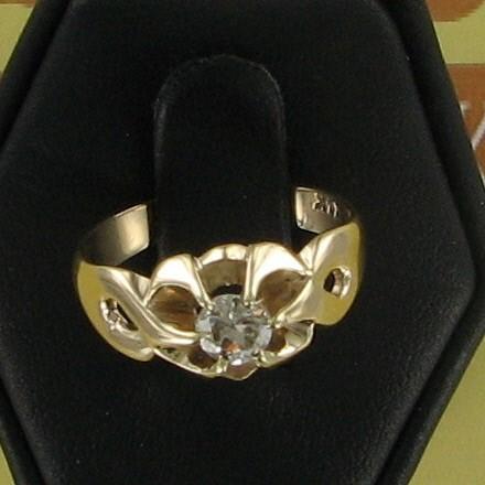 Lady's Diamond Fashion Ring .30 CT. 14K Yellow Gold 2.5dwt