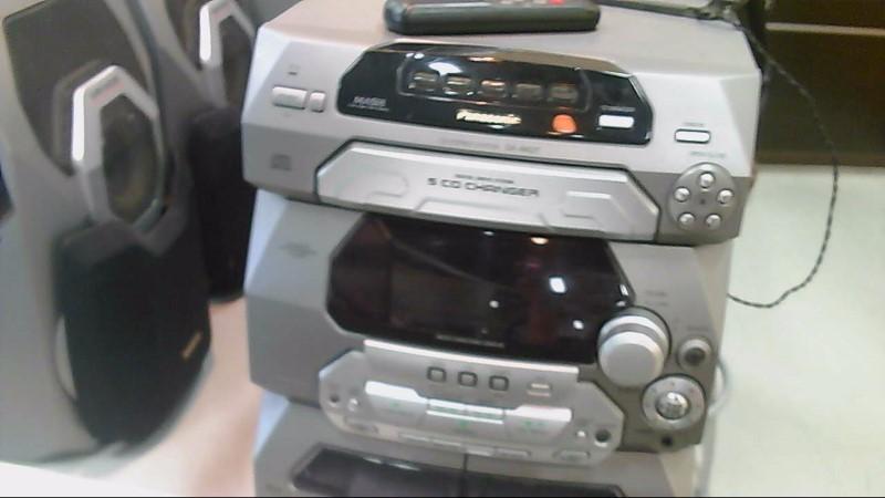 Panasonic CD Stereo SA-AK27 5 CD Changer Dual Cassette & Radio W/ Speakers