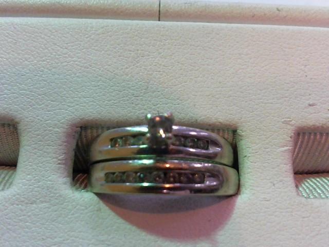 Lady's Diamond Wedding Set 15 Diamonds .20 Carat T.W. 10K White Gold 6.7g