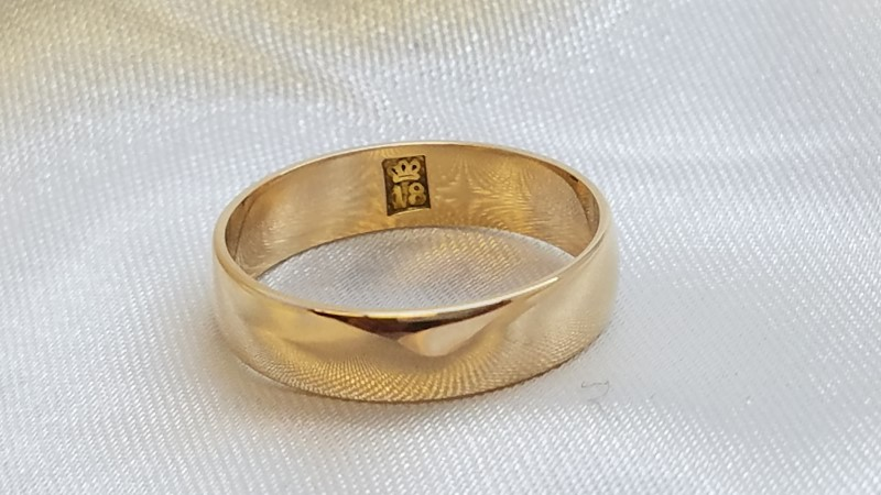 Gold Wedding Band 18K Yellow Gold 2.9g Size:7