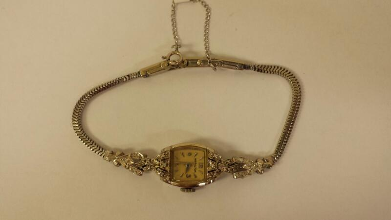 Hamilton Vintage Ladies Wristwatch - 19 Jewels