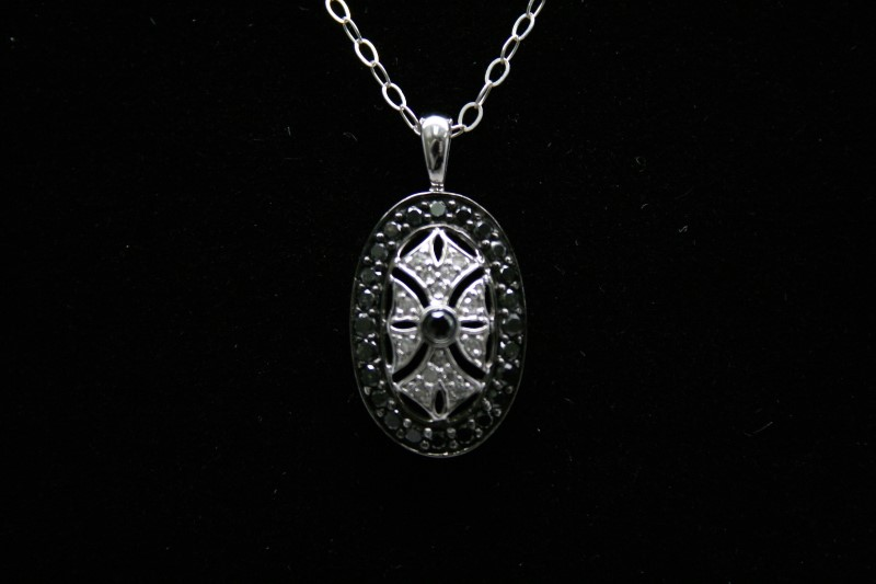 BLACK & WHITE DIAMOND PENDANT 10K WHITE GOLD