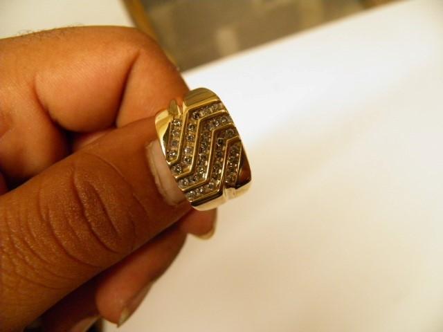 Gent's Diamond Fashion Ring 36 Diamonds 1.08 Carat T.W. 10K Yellow Gold 6g