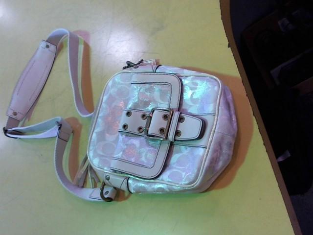 COACH Handbag B05U-2187