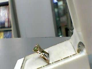 Synthetic Peridot Lady's Stone Ring 10K Yellow Gold 1.3dwt Size:4.5