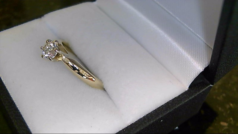Lady's 14k yellow gold appx. .35ct round diamond ring