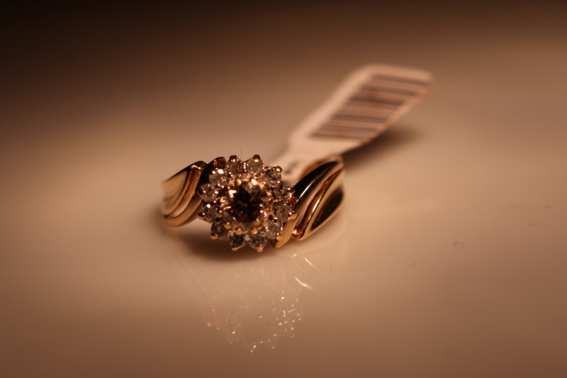 Lady's Diamond Cluster Ring 13 Diamonds .91 Carat T.W. 14K Yellow Gold 4.67g