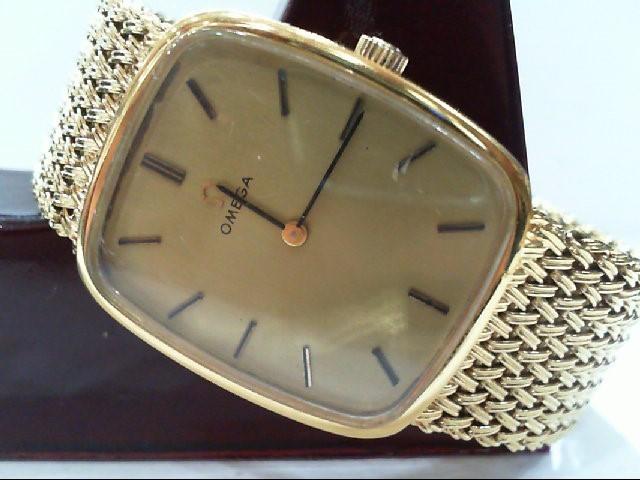 OMEGA WATCH Gent's Wristwatch 625