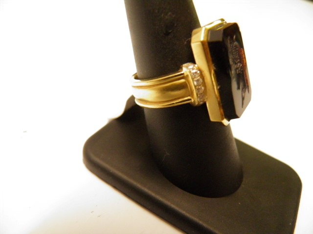 Onyx Lady's Stone & Diamond Ring 12 Diamonds .36 Carat T.W. 18K Yellow Gold