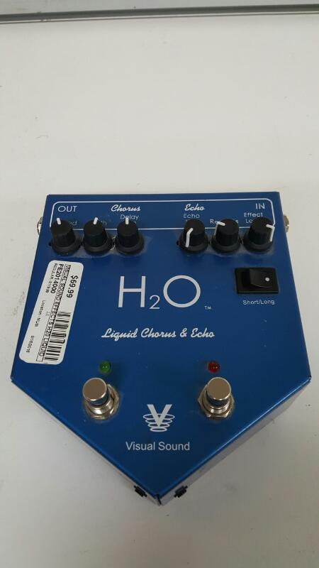 Visual Sound H2O v1 Chorus / Echo Guitar Pedal