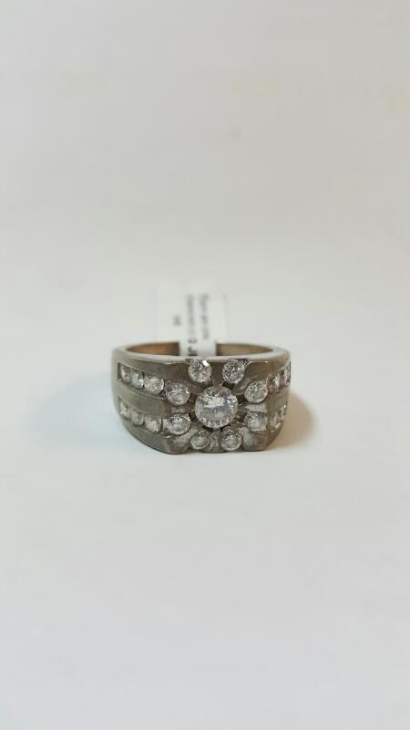 LARGE CZ W/MUTLIPLE CZ AROUND CENTER STONE & TWO ROWS STERLING MAN'S RING SIZE11