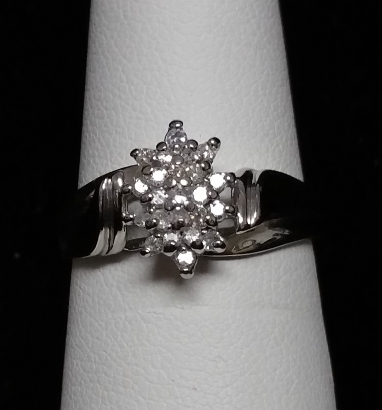 Lady's Diamond Cluster Ring 23 Diamonds .46 Carat T.W. 10K White Gold 2.7g