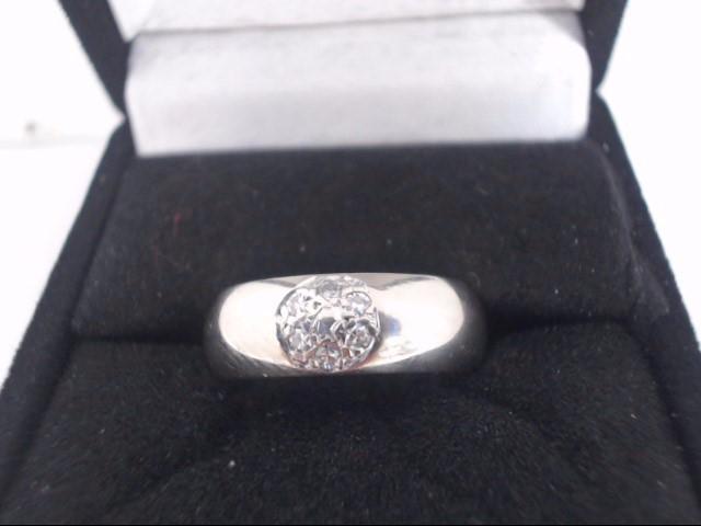 Lady's Diamond Cluster Ring 7 Diamonds .21 Carat T.W. 14K White Gold 5.8g