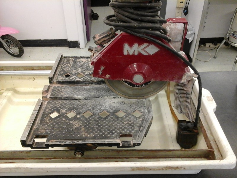 MK DIAMOND PRODUCTS Tile Saw 370EXP