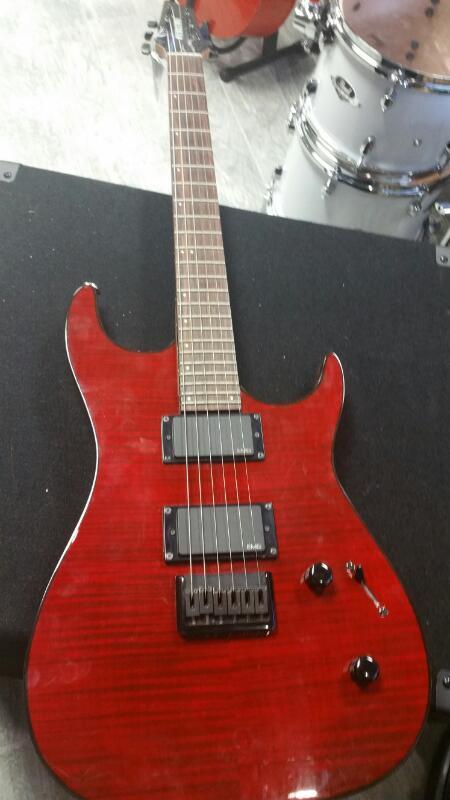 GODIN GUITARS Electric Guitar REDLINE 2 032129F