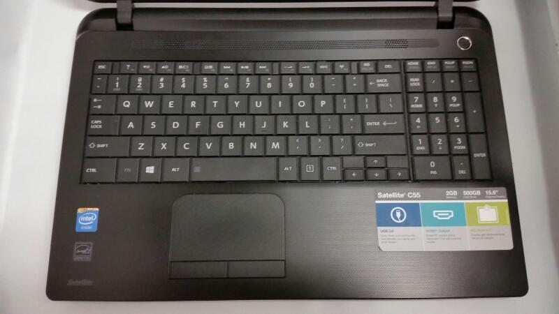TOSHIBA LAPTOP SATELLITE C55-B5299, 2GB RAM, 500GB HDD,WINDOWS 8.1