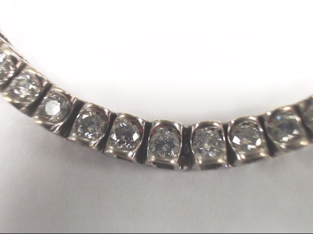 Gold-Diamond Bracelet 43 Diamonds 4.30 Carat T.W. 14K White Gold 19.3g
