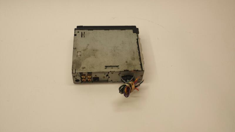 JVC Model KD-AR400 CD Receiver