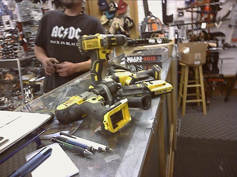 DEWALT Cordless Drill DCD985 SET