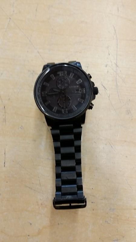 CITIZEN Gent's Wristwatch NIGHTHAWK WR200