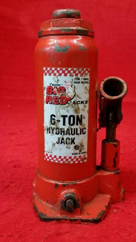 Big Red Jacks 6-Ton Hydraulic Bottle Jack