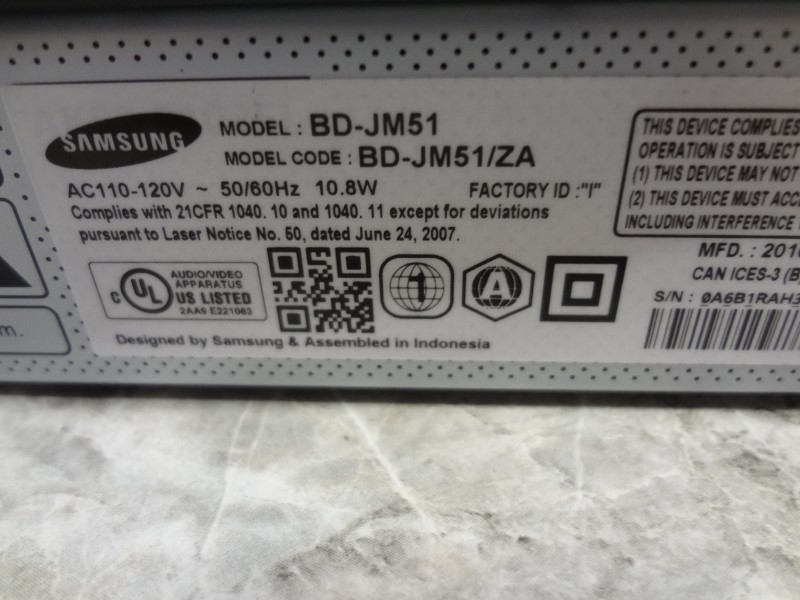 SAMSUNG BD-JM51 BLU-RAY DISC PLAYER  **LIKE NEW WITH BOX NO REMOTE**