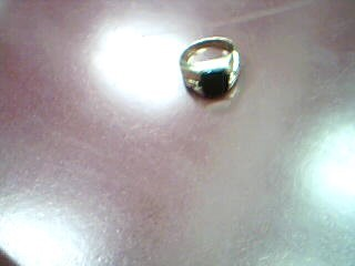 Black Stone Gent's Stone Ring 10K Yellow Gold 7.02g