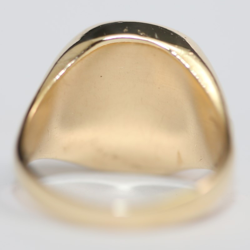 Red Masonic 10K Yellow Gold Ring Size 11
