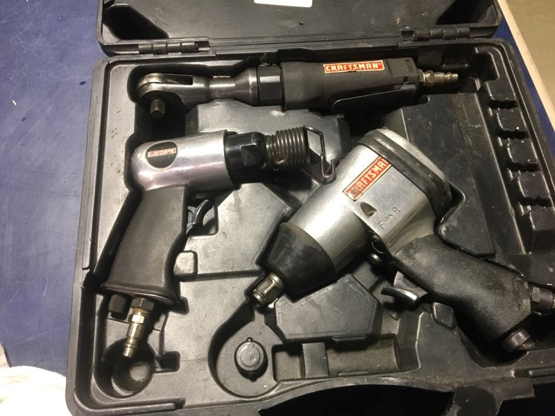 CRAFTSMAN Air Impact Wrench 916852