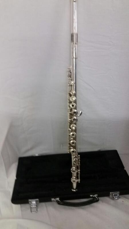 YAMAHA Flute 261