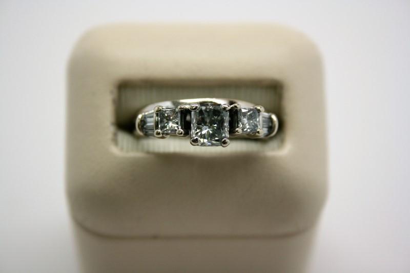 LADY'S RADIANT CUT DIAMOND WEDDING SET 14K WHITE GOLD