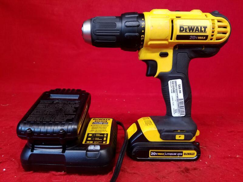 Dewalt DCD771 20V MAX Cordless Li-Ion 1/2 inch Compact Drill Driver